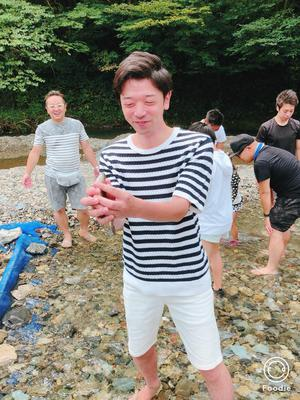 マス 捕ったどー (1).JPG
