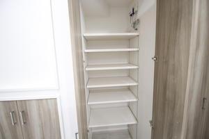 階段下収納3.JPG